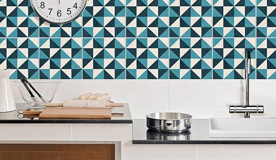 Adesivi per piastrelle cucina assorbi odori for Rivestimenti adesivi per cucina